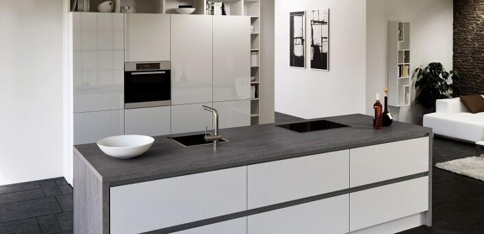 k chen b der sperber k chenstudio in hamburg bramfeld lechner arbeitsplatten. Black Bedroom Furniture Sets. Home Design Ideas
